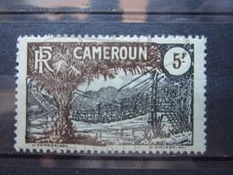 VEND BEAU TIMBRE DU CAMEROUN N° 130 , XX !!! - Cameroun (1915-1959)