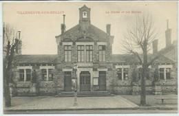 Villeneuve-sur-Bellot-La Mairie Et Les Écoles (Précurseur) (CPA) - France