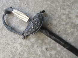 BELLE EPEE BELGE D'OFFICIER SUPERIEUR VERS 1830 - Knives/Swords