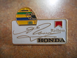 A010 -- Pin's Honda Marlboro -- Exclusif Sur Delcampe - F1