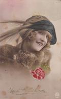 Femme Chapeau à Plume - Donne