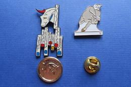 Lot De 3 Pin's,signe Zodiaque TAUREAU, STIER - Other