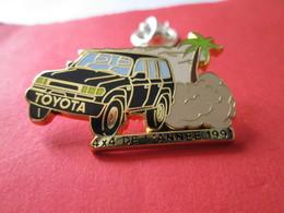 PIN'S    TOYOTA  4X4  DE L ANNEE 1991  Arthus  Bertrand - Toyota
