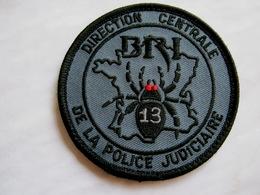 INSIGNE TISSUS PATCH  POLICE NATIONALE DCPJ LA BRI DE MARSEILLE 13 EN B.V (SUR VELCROS) ETAT EXCELLENT - Police & Gendarmerie