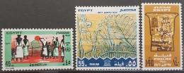 E11e24 - Egypt 1977 SG 1328-1330 MLH Cplte Set 3v. - United Nations Day, UNRWA UNESCO Paharoniic Column Nubian Monuments - Egypt