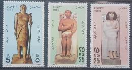 E11e24 - Egypt 1989 SG 1715-1717 MNH Cplte Set 3v. - Post Day, Pharaonic Statues - Unused Stamps
