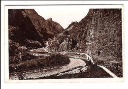 """Route De CILAOS Cpsm N&B - 15e Km. - Le Cap """"Paille En Queue"""".   (scans Recto-verso) - La Réunion"""