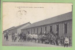 LA ROCHE SUR YON : Caserne De Mirville . 2 Scans. Edition Biraud - La Roche Sur Yon