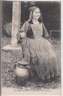 BRETAGNE : LA MARCHANDE DE BEURRE - EDITION LE CUNF PONTIVY - ECRITE EN 1915 -  2 SCANS - - Pontivy