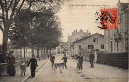54 NEUFCHATEAU  Rue Jules Ferry - Andere Gemeenten