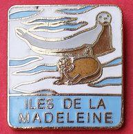 E E  265..).......ECUSSON.....ILES DE LA  MADELEINE...archipel Canadien Du Golfe Du Saint-Laurent Appartenant Au Québec. - Steden