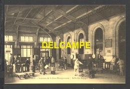 DF / CHEMINS DE FER / PARIS / INTÉRIEUR DE LA GARE MONTPARNASSE - SALLE DES BAGAGES - Stations Without Trains
