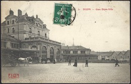 Dijon  Gare Dijon-Ville  51 , Belle Animation Avec 2 Dilligences (2scans) - Stations Without Trains