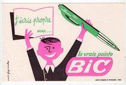 Aot17 76133  Buvard   La Vraie  Pointe BIC - Stationeries (flat Articles)