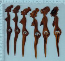 Lot De Six TouilleursTouilleur, Melangeur A Boisson  - Les Seins D'une Femme De 15 Ans à 40 Ans - - Swizzle Sticks