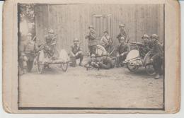 Soldats En Manoeuvre Vers 1930 - Manoeuvres