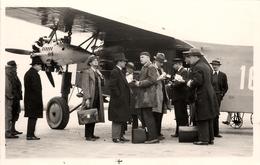 Suisse Aviation - 4 Photos - Jour D'Inauguration De La Ligne Swissair 2 Mai 1932 - Jounalistes & Mac Donald (Fils)- AA38 - Suisse