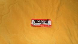 BOITE D'AGRAFE PUBLICITE SOFRAGRAF. ROCAGRAF 77 NOMENCLATURE N°785942 M.  / RESTE DES AGRAFES. - Autres Collections