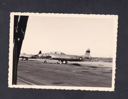 Photo Originale Aviation Militaire Avion De Chasse North American F-86 Sabre Base Aerienne De Nouasseur Air Base Maroc - Aviation