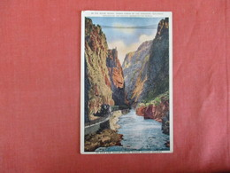On Main Line Denver & Rio Grands Western Railroad-- Royal Gorge Grand Canon  Colorado  > Ref 3023 - Trains