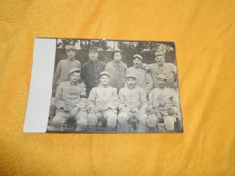 CARTE POSTALE PHOTO ANCIENNE NON CIRCULEE DATE ?. / MILITAIRES N° AU COL 143e, 53e ?. 19e ?.... A IDENTIFIER - Weltkrieg 1914-18