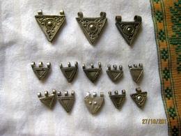 Ethiopie: 18 Pendentifs Telsum Pour Colliers De Mariage/ Vente à La Pièce - Ethnics