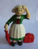 Rare Figurine MINERVE BECASSINE AVEC SON PARAPLUIE Et SA VALISE 1972 - PINCHON (1) - Figurines