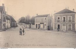 77 . Seine Et Marne .  Combs La Ville . Place De L ' église Et Rue Sommeville . . - Combs La Ville