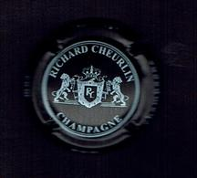 CAPSULE CHAMPAGNE / RICHARD CHEURLIN -10  AUBE /n° 08  Texte Blanc Sur FOND NOIR / TBE - Sonstige