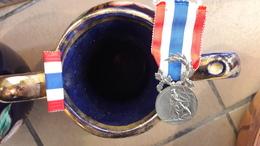Médaille Police Française Ministère De L'Intérieur - France