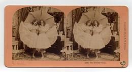 Ancienne CARTE Vue Stéréoscopique Kilburn Girls The Double Pansy Filles Ombrelle - Stereoscopic