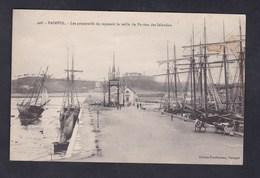 Paimpol (22) Preparatifs Du Reposoir La Veille Du Pardon Des Islandais ( Ed Prudhomme) - Paimpol