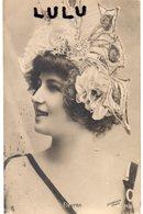 FEMMES N° 518 : Précurseur : Lise Fleuron Actrice , Superbe Coiffe Du Début Du Siècle , édit. Stebbinig N° 7438 - Femmes