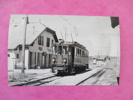 PHOTO TRAIN SUISSE AUTOMOTRICE BCFE 4/4 EN GARE DE LA CURE CLICHE J.BAZIN - Trains