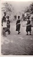 DAHOMEY / COTONOU / PROCESSION DE FEMMES FETICHISTES / JOLIE CARTE / FONTANON 15 - Dahomey