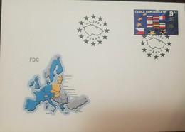 L) 2004 CZECH REPUBLIC, FLAG, STAR, MAP, 9KC, FDC - FDC