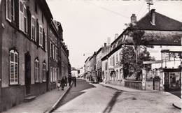CPSM 1957 BOULAY-MOSELLE - Rue De Metz (A197) - Boulay Moselle