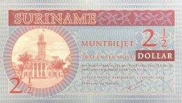 Suriname 2 1/2 Dollar, P-156 (2004) - UNC - Surinam