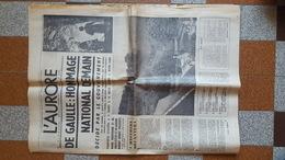 11 ET 12 NOVEMBRE 1970 HOMMAGE NATIONAL AU GENERAL DE GAULLE ENTERREMENT COLOMBEY LES 2 EGLISES LOT  2 JOURNAUX L AURORE - Documents Historiques