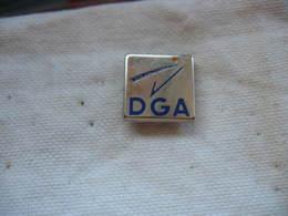 Pin's Embleme DGA (Direction Générale De L'Armement) - Militaria