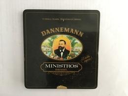 EMPTY  TOBACCO  BOX    TIN    DANNEMANN  MINISTROS  BRAZIL - Boites à Tabac Vides