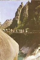 CP Corée Du Nord 1972 - Monts Keumkang-san, Le Pont Menant Au Lac Kouryong-yeun - Korea, North