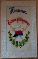 Rare Carte Brodée Honneur à Nos Braves Pioupious écrite 1915 - 1914-18