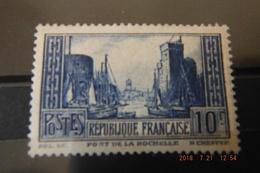 N261 Neuf**(trait Du Cadre Du 10f Interrompue-bas Droite) Port De La Rochelle ..voir Scans Valeurs++++ - France