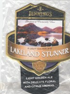 NEW UNUSED - JENNINGS BREWERY (COCKERMOUTH, ENGLAND) - LAKELAND STUNNER - PUMP CLIP FRONT - Signs