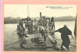 CPA 1911  Plougastel-;Daoulas (29) Le Bac à Vapeur  Un Débarquement Un Jour De Foire ( Vaches Et Personnages) - Plougastel-Daoulas