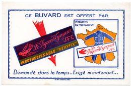 Buvard Le Pigeon Voyageur, Vêtements Du Travailleur. Béthune. - Textile & Clothing