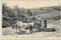 39 LE JURA Et Son Transporteur D'eau à La Fontaine ,environs De Lons-le-saunier  ,édit : Chapuis , Années 10 ,état Extra - Autres Communes