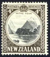 New Zealand Sc# 191 MH 1935 1½p Red Brown Maori Woman - Unused Stamps