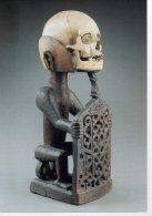 REF 348  :  CPM Sculpture Korwar Irian Jaya Indonésie Crane Tete De Mort - Arts